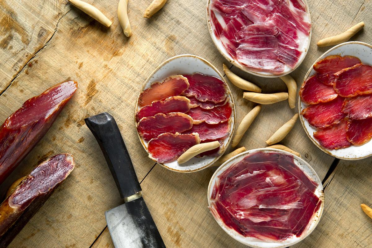 Испанские мясные деликатесы, которые нужно попробовать каждому